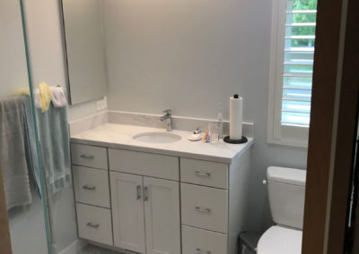 Small Bathroom with Honeycomb Tile